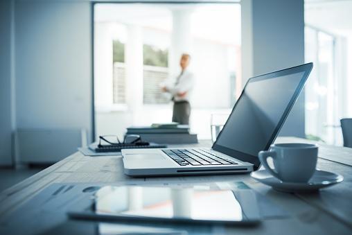 CEO in Office Docuware.jpg