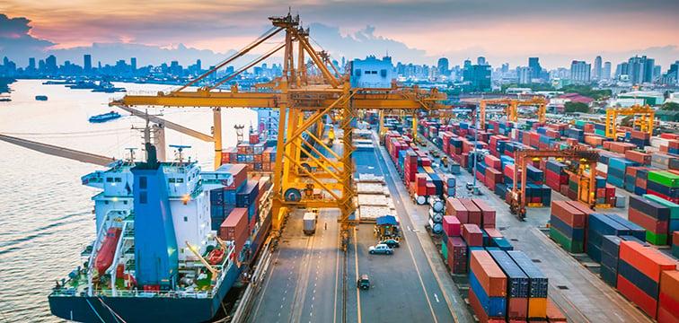 Logistik_ContainerHafen