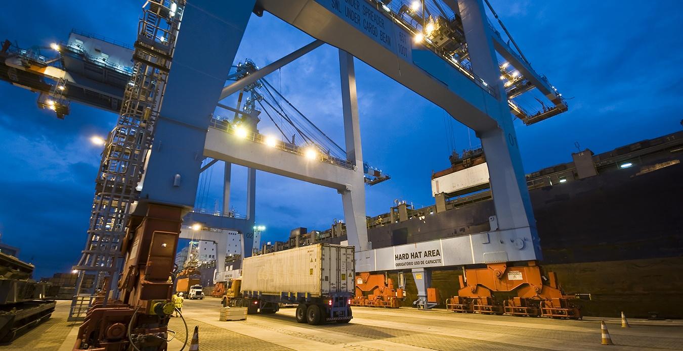 shutterstock_75238018-loading dock 2 column.jpg